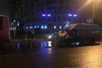 В аварии пострадало четыре человека.