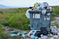 Уже несколько лет жители Левенцовки в Ростове-на-Дону не могут решить проблему мусорной свалки под окнами.
