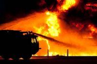 Причину возгорания пожарные пока не установили.