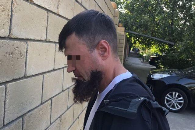 В Одессе полиция разоблачила киллера, когда у него отклеилась борода