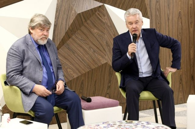 Константин Ремчуков (слева) и Сергей Собянин.