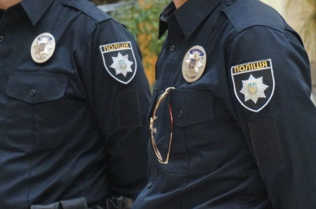 В Сумах полицейский за рулем сбил на переходе мать с ребенком
