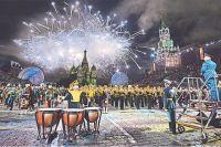 На Красной площади грядёт яркий, радостный праздник.