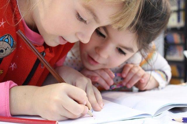 Детям-амбидекстрам бывает трудно сосредоточиться на чем-то одном.