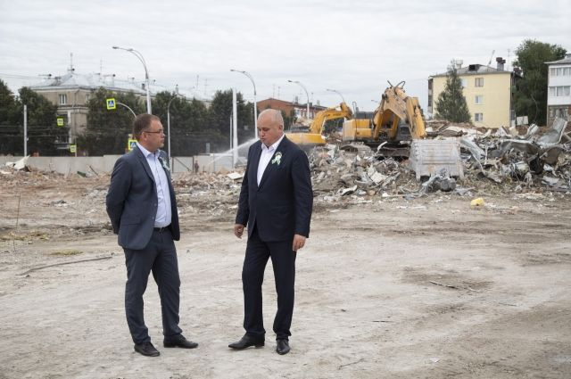 Наземную часть комплекса зданий ТЦ «Зимняя Вишня» закончили сносить накануне.