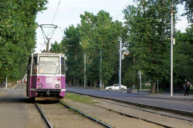 В момент инцидента трамвай двигался по улице Терешковой.