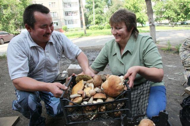 Внимательными надо быть не только при сборе грибов, но и при их приготовлении.