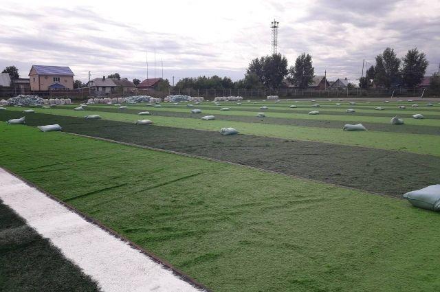 На новом поле будут тренироваться ребята из школы олимпийского резерва.