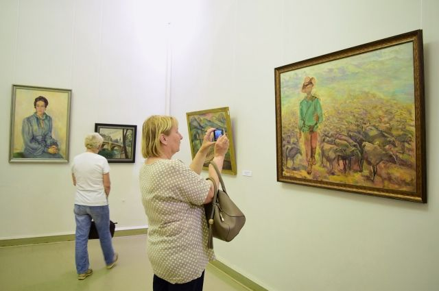 Двери Пермской художественной галереи всегда открыты для посетителей.