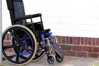 В салехардской поликлинике сделают лифт для инвалидов