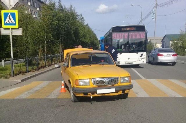 В Лабытнанги водитель «Волги» сбил человека на пешеходном переходе