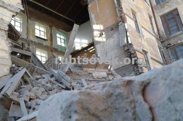 Разрушенная гостиница «Алей» Рубцовске