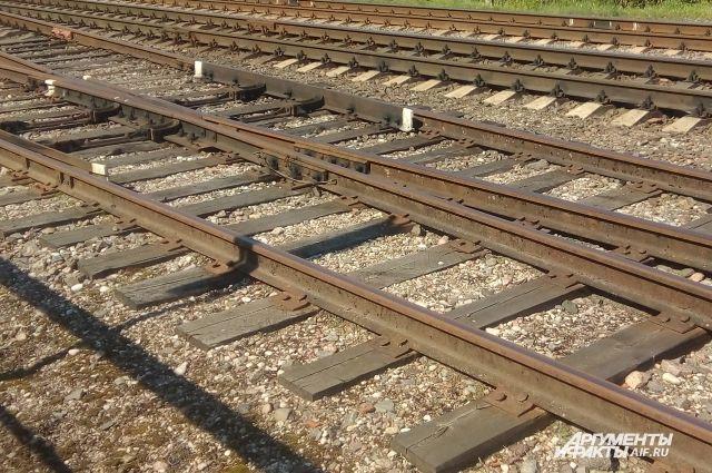 В Калининграде подросток от удара током упал на железнодорожное полотно.