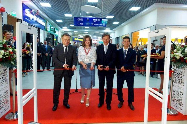 В Новочеркасске открылся третий в Ростовской области и первый в новом компактном формате гипермаркет «О'КЕЙ».