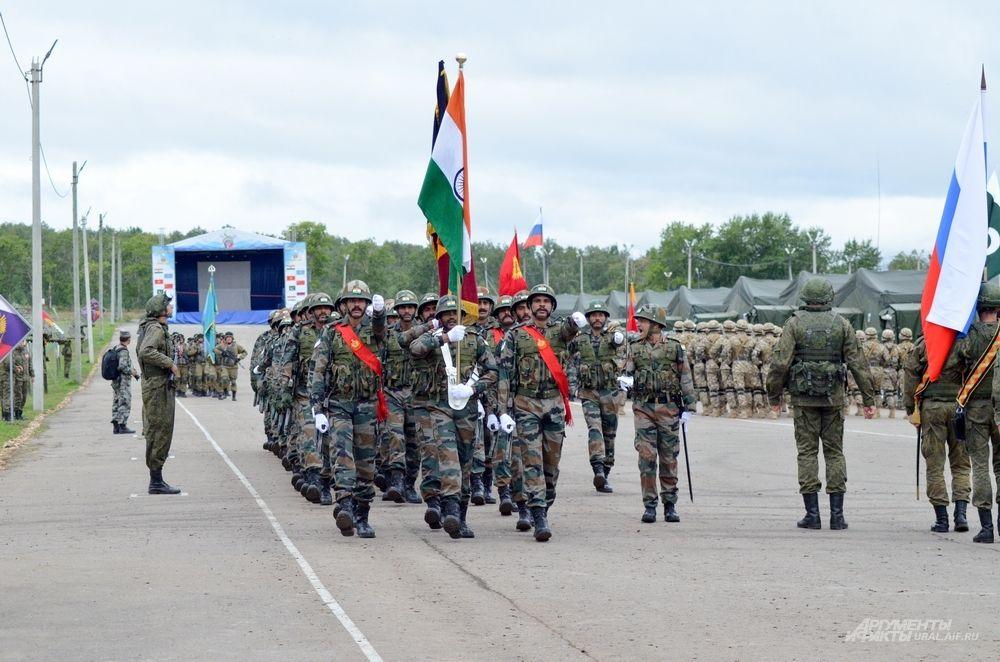 Военнослужащие из Индии.