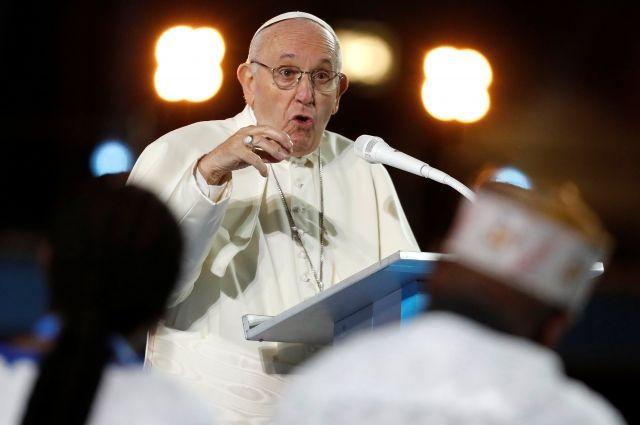 Папа Римский встретился в Дублине с жертвами священников-педофилов - Real estate