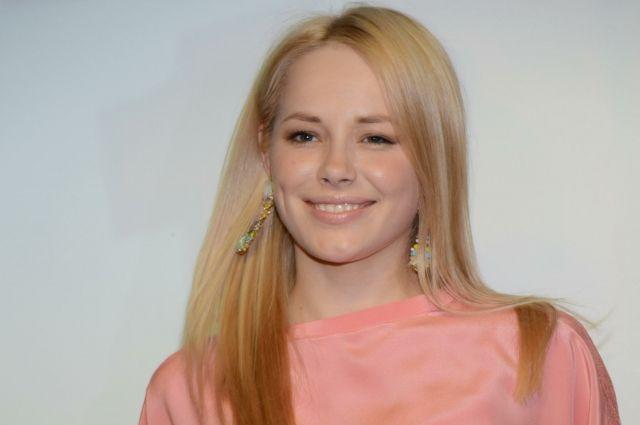 Пермяки смогут познакомиться с актрисой Зоей Бербер лично, получить её автограф, сделать совместную фотографию на память.
