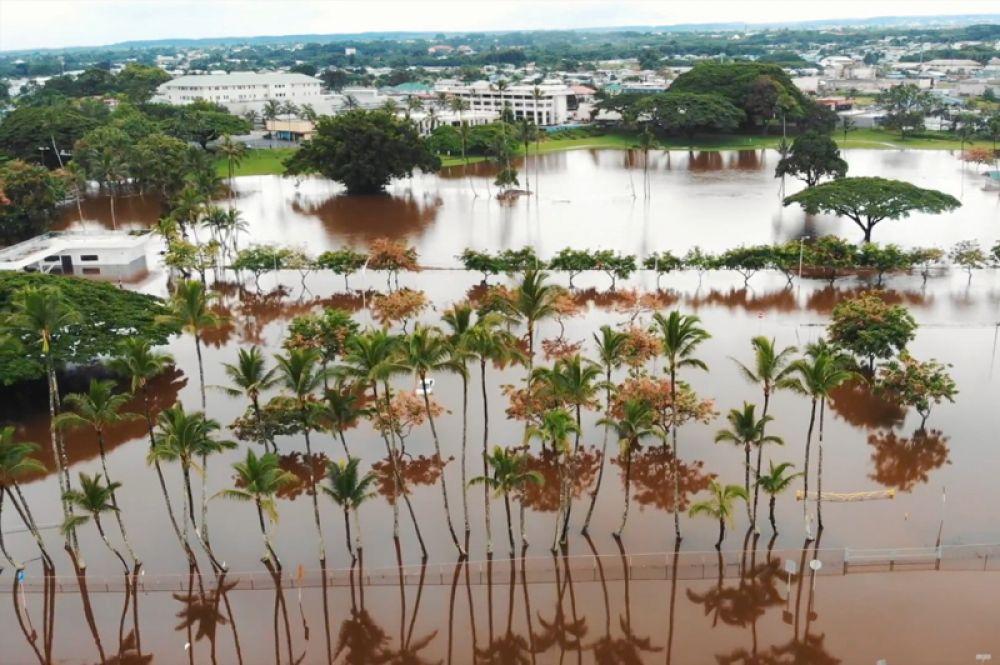 Вид на затопленный город Хило.