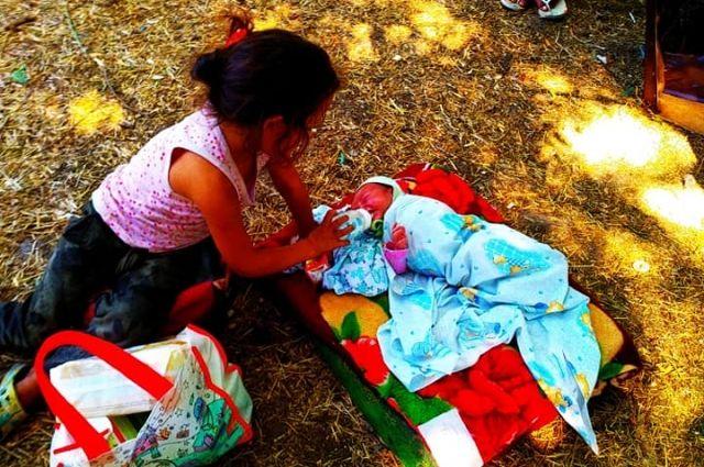 В Одессе ромка родила ребенка на Тропе здоровья