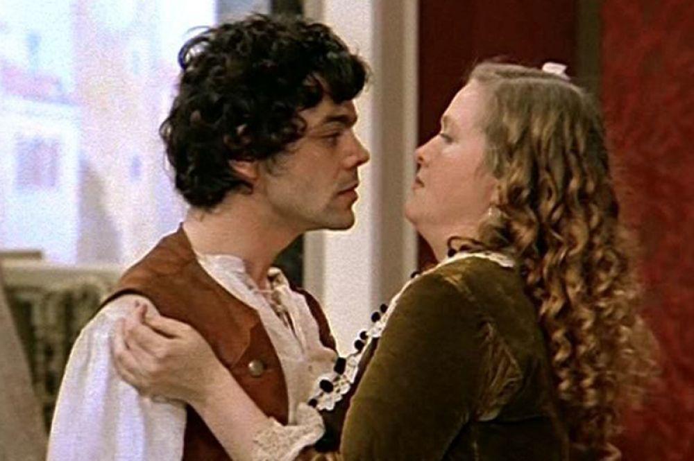В музыкальной комедии «Труффальдино из Бергамо» (1976) она сыграла роль Смеральдины, служанки в доме Панталоне.