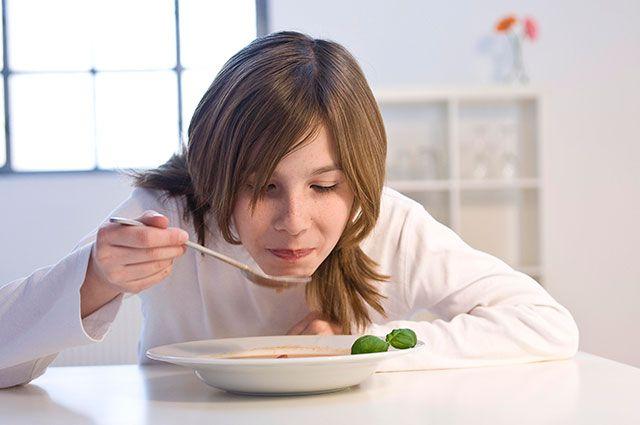 Что делать, если ребёнок не любит каши и супы?