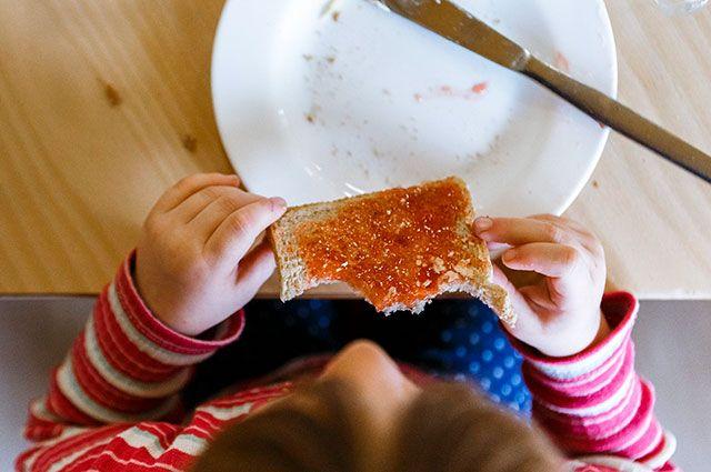 Стоит ли заставлять ребёнка полностью съедать свою порцию?