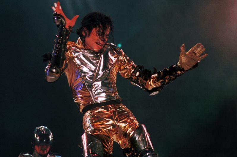 Майкл Джексон на концерте в честь своего 39-летнего юбилея в Копенгагене, 1997 год.
