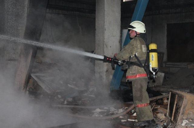 В Киеве произошел пожар на заводе «Маяк»