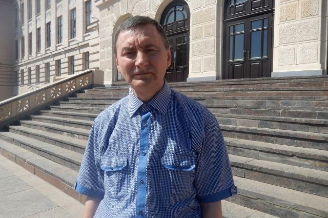 О возможности заморозить свою голову после смерти Сергей Некрасов задумался с 25 лет.