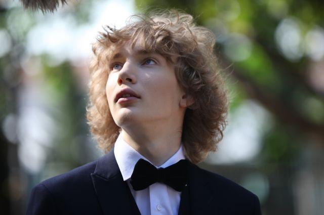 Петербуржец занимается музыкой уже 10 лет.