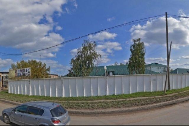 ИК-19 расположена на ул. Магистральной в Казани.