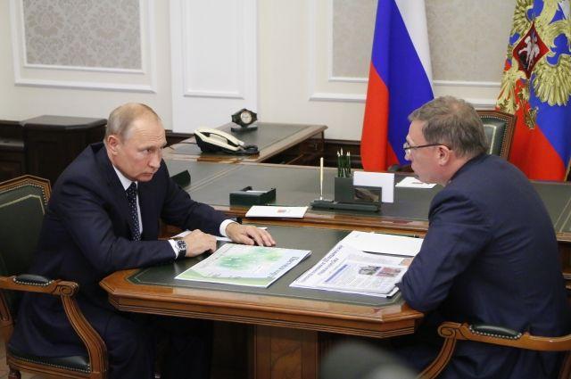 Президент успел многое обсудить с Александром Бурковым.