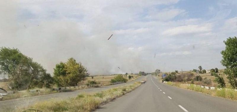 На КПВВ Новотроицкое продлен режим Красный из-за пожаров.