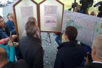 Дмитрий Артюхов и Александр Моор осмотрели будущую школу в Заводоуковске