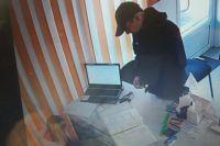 Сотрудниками УГРО изъята видеозапись с камеры