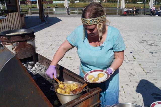 Блюда настолько просты в приготовлении, что под силу любой кухарке.