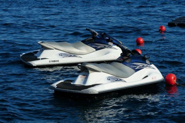 СМИ сообщили о двух пострадавших при взрыве гидроцикла в Черном море