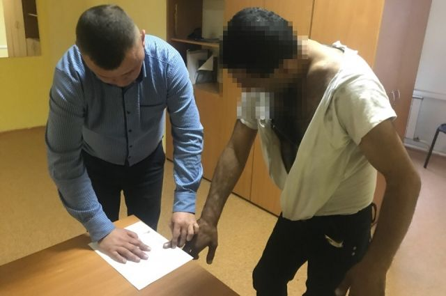 В Тюмени полиция оперативно задержала грабителя с похищенным телефоном