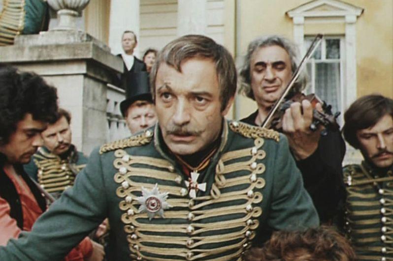 «О бедном гусаре замолвите слово» (1980) — полковник Иван Антонович Покровский, командир кавалерийского полка.