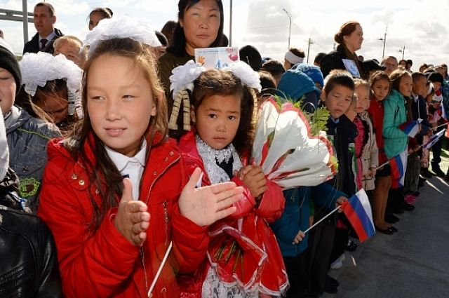 В селе Гыда в День знаний открывают новую школу-интернат