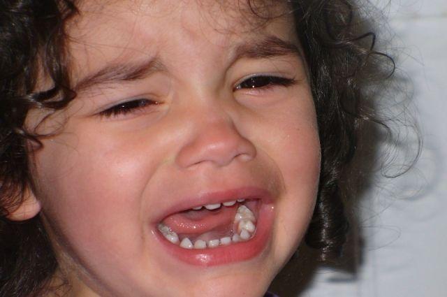 Тюменцы жалуются на соседей, ломающих психику своему ребенку