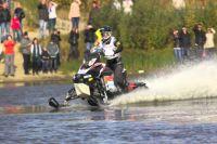 В Новом Уренгое 2 сентября стартуют гонки на снегоходах по воде