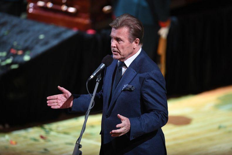 Певец Лев Лещенко на церемонии прощания с народным артистом СССР, певцом, депутатом Государственной Думы РФ Иосифом Кобзоном.