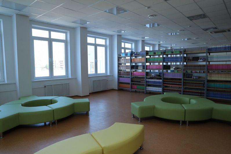 Так выглядит библиотека школы.