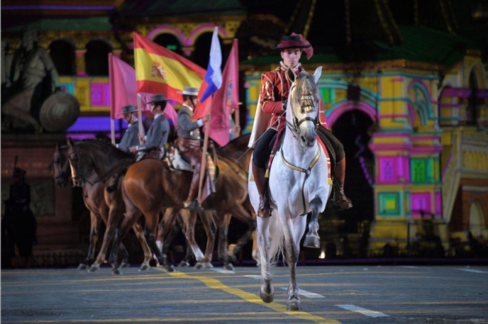 Закрытие XI Международного военно-музыкального фестиваля «Спасская башня».