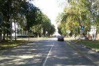 Автомобиль Hyundai ехал со стороны улицы Лобвинской в направлении улицы Карбышева.