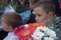 В первый раз в школу в Красноярске пошли 13 тысяч детей.