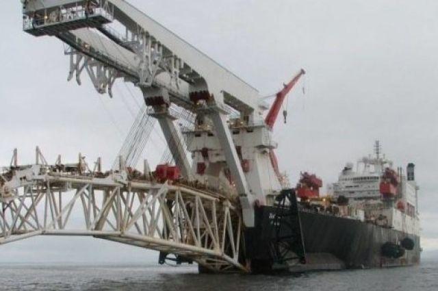 Газпром начал постройку морской части газопровода в обход Украины