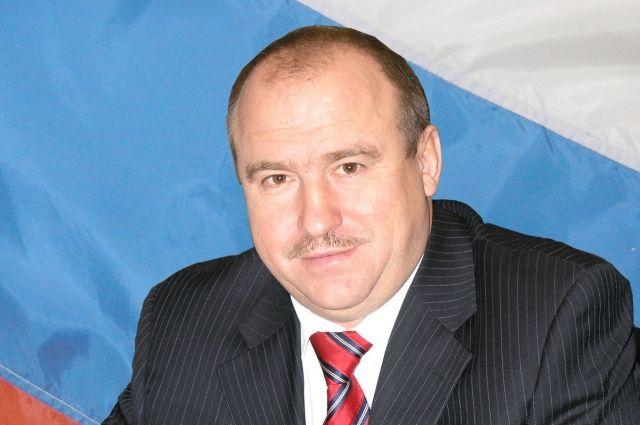 Владимир Макута имеет ряд государственных и областных наград.