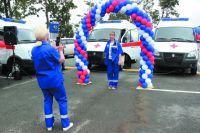 Новые машины скорой помощи поступают в города и районы.